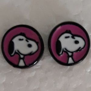 Peanuts Snoopy Earrings Pink NWT